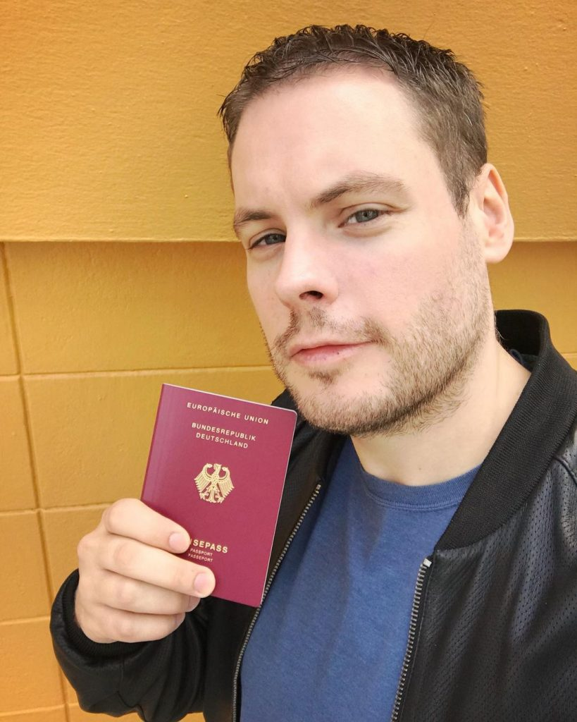 fake and real passports for sale